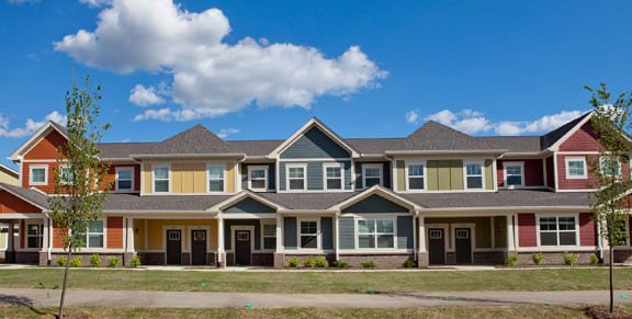 Craftsman Style Apartment Homes