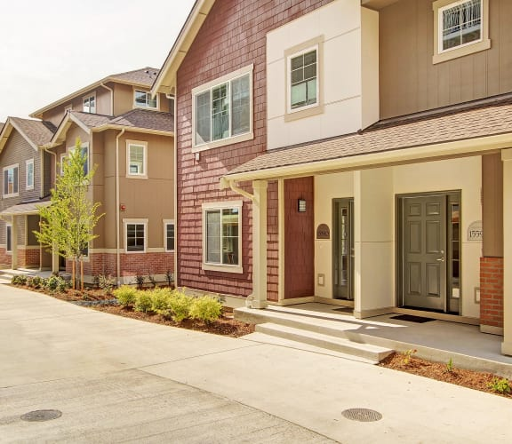 outdoor view of entrance to apartment buildings in bellevue washington