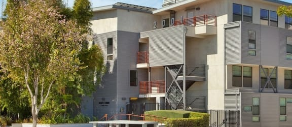 Santa-Monica-Affordable-Apartments-2001-Olympic-Exterior2