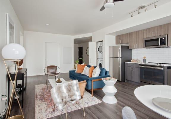 Laurel42_Portland_OR_Interior_LivingRoom