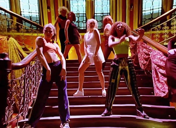 """Spice Girls """"Wannabe"""" (1996)"""