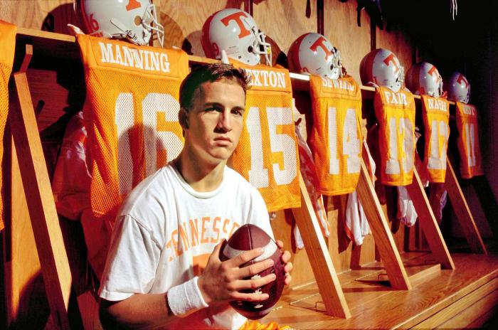 Manning becomes a starter as a freshman