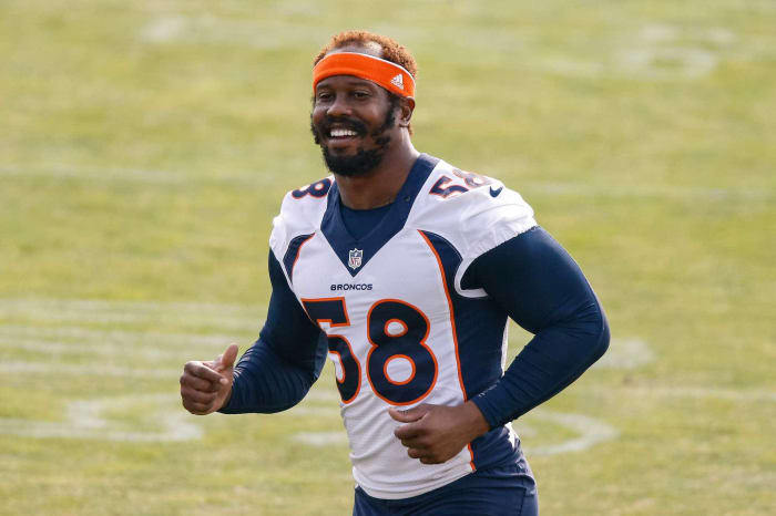 Overpaid outside linebacker: Von Miller, Broncos