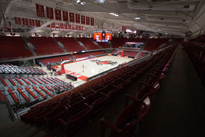 Reynolds Coliseum arena named after Valvano