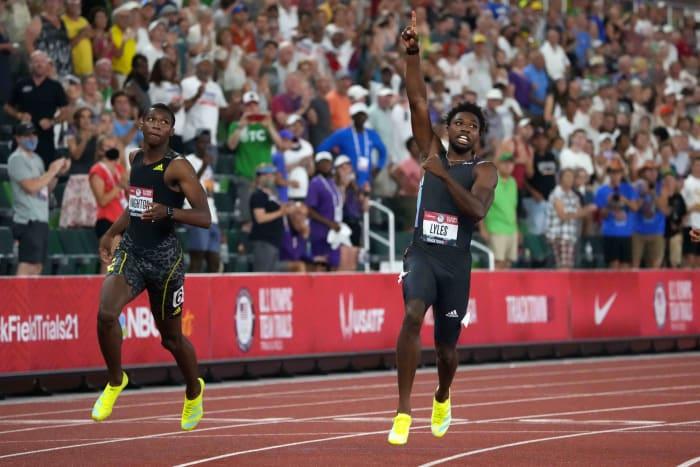 Men's 200 meters: Noah Lyles (USA) vs. Erriyon Knighton (USA)