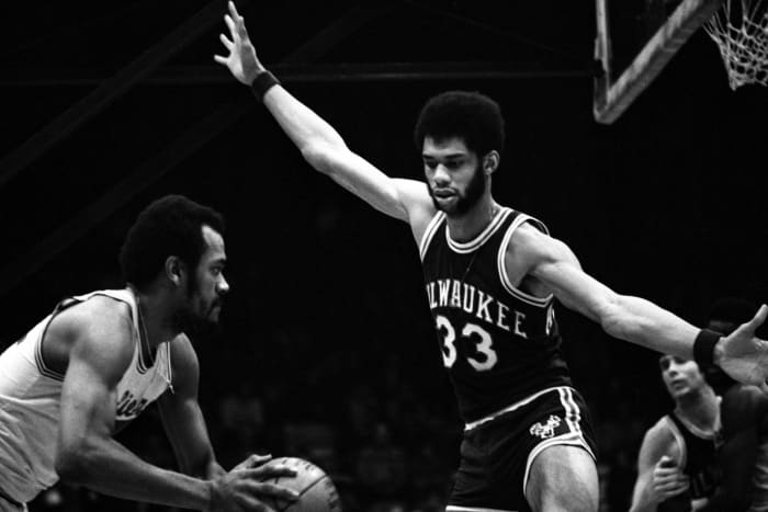Kareem wins MVP and a title in his second season