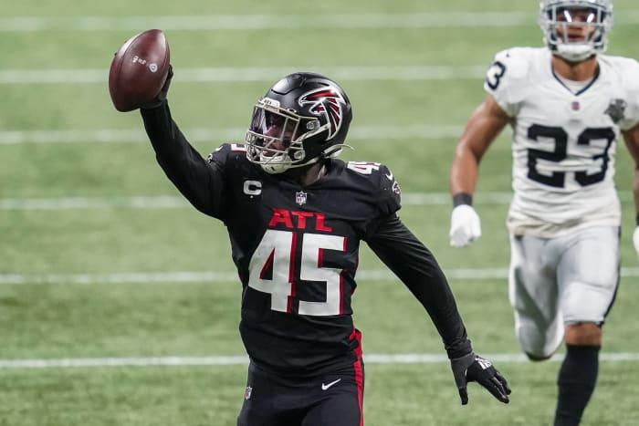 Atlanta Falcons: Deion Jones