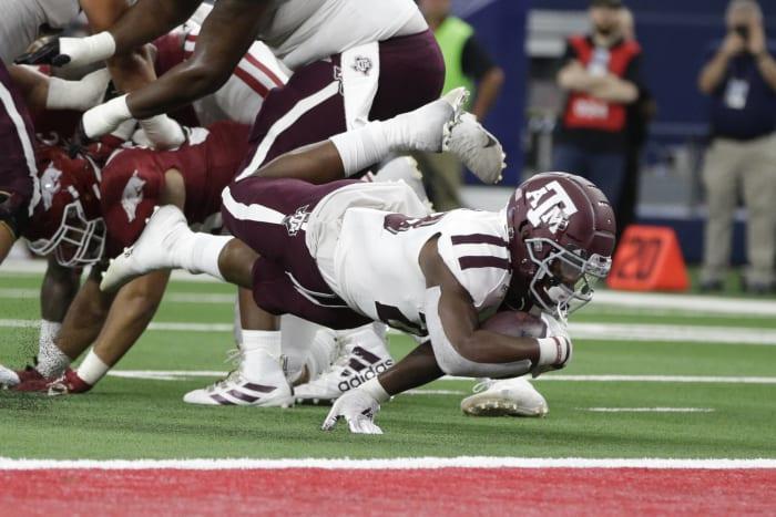 No. 7 Texas A&M (3-0, 0-0 in SEC) vs. No. 16 Arkansas (3-0, 0-0) ( (At Arlington, Texas), 3:30 p.m., Saturday, CBS