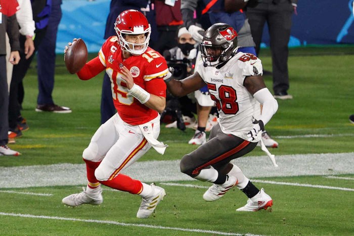 Kansas City Chiefs: OT, WR, DE