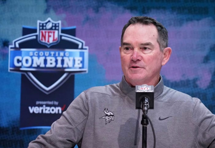 Minnesota Vikings: Can Mike Zimmer fix the defense?
