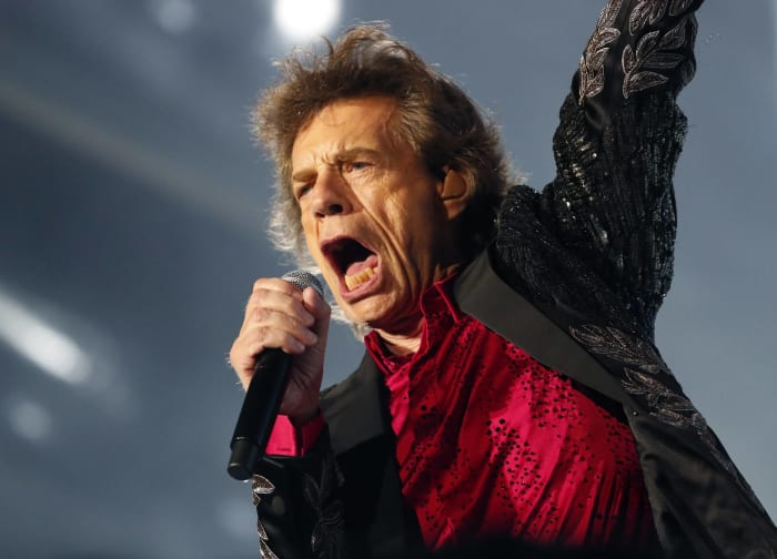 """""""Like a rolling stone"""" Rolling Stones (1995)"""