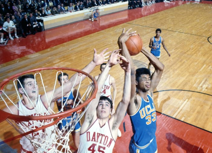 Alcindor goes to UCLA, sets record in debut