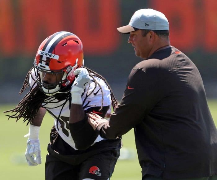 Cleveland Browns: Jadeveon Clowney, DE