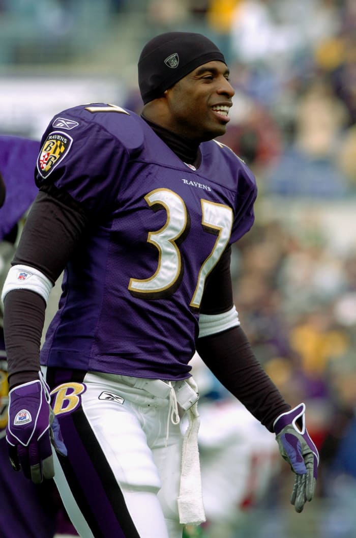 Deion returns to the NFL