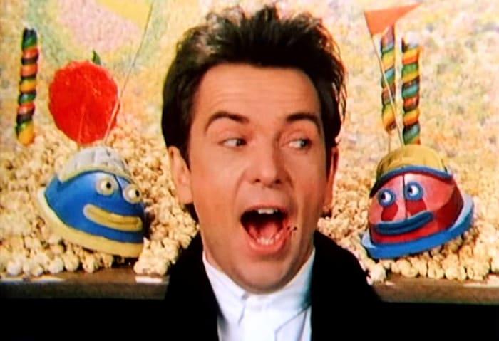 """Peter Gabriel """"Sledgehammer"""" (1986)"""