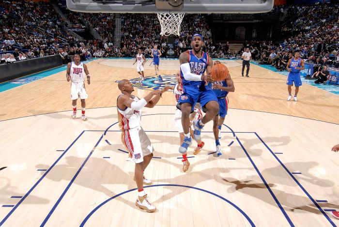 2008: LeBron puts the game away
