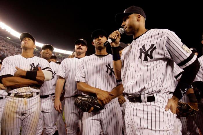 2008: Jeter closes down old Yankee Stadium