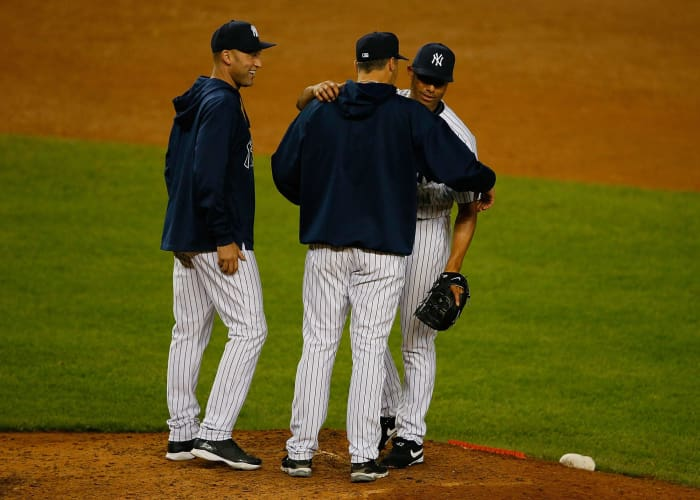 2013: Jeter and Pettitte honor Rivera