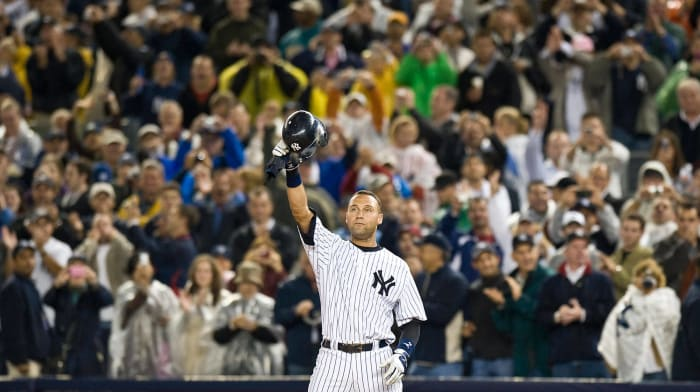 2009: Jeter becomes the Yankees' all-time hits leader