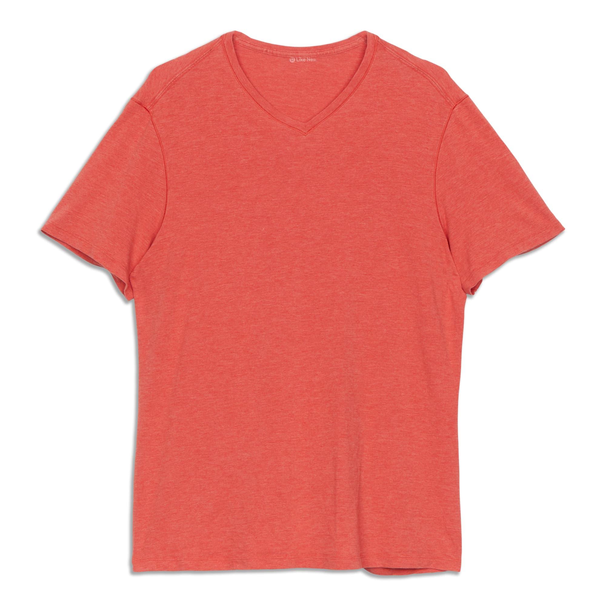 Main product image: 5 Year Basic V-Neck Shirt - Resale