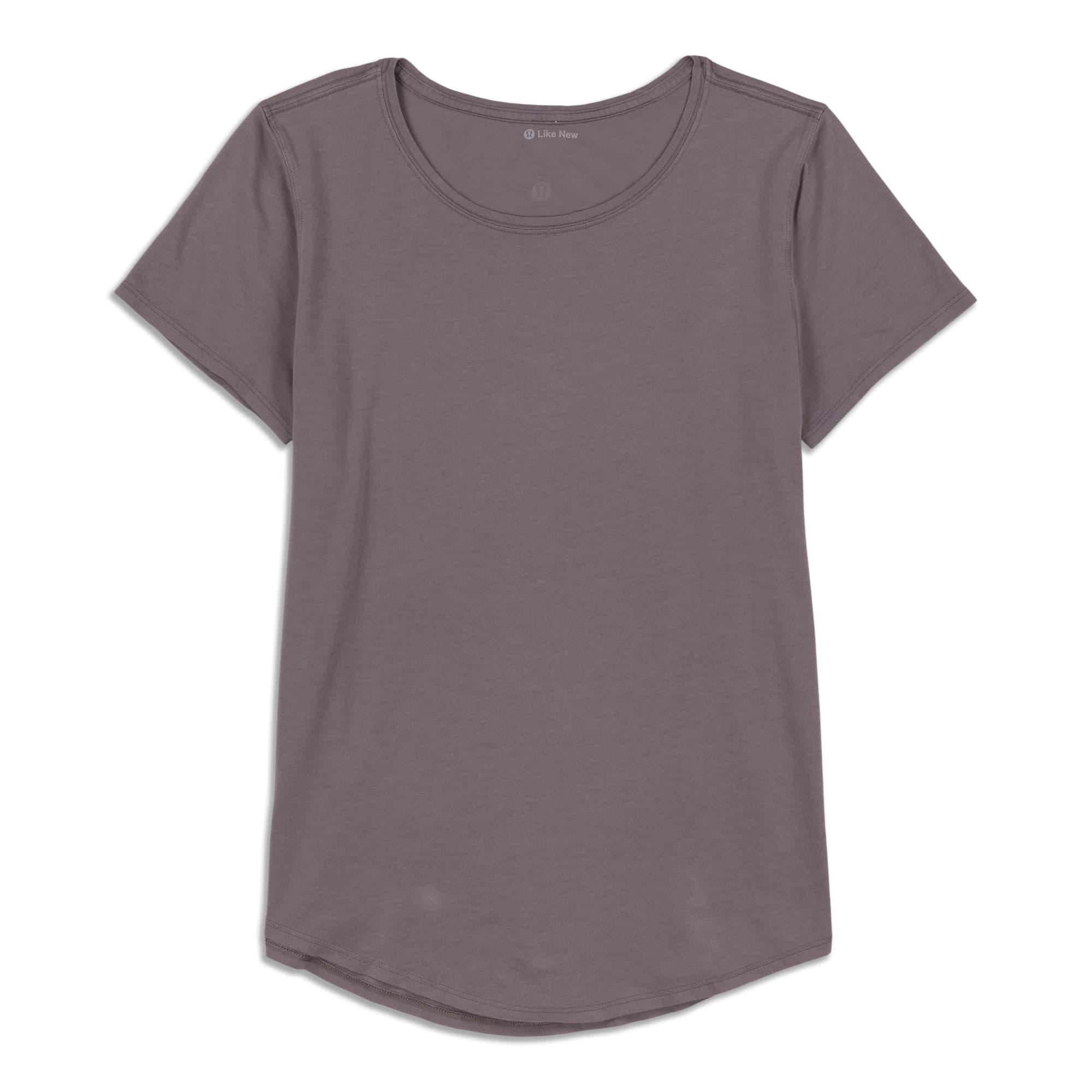 Main product image: Do The Twist Crop T-Shirt - Resale