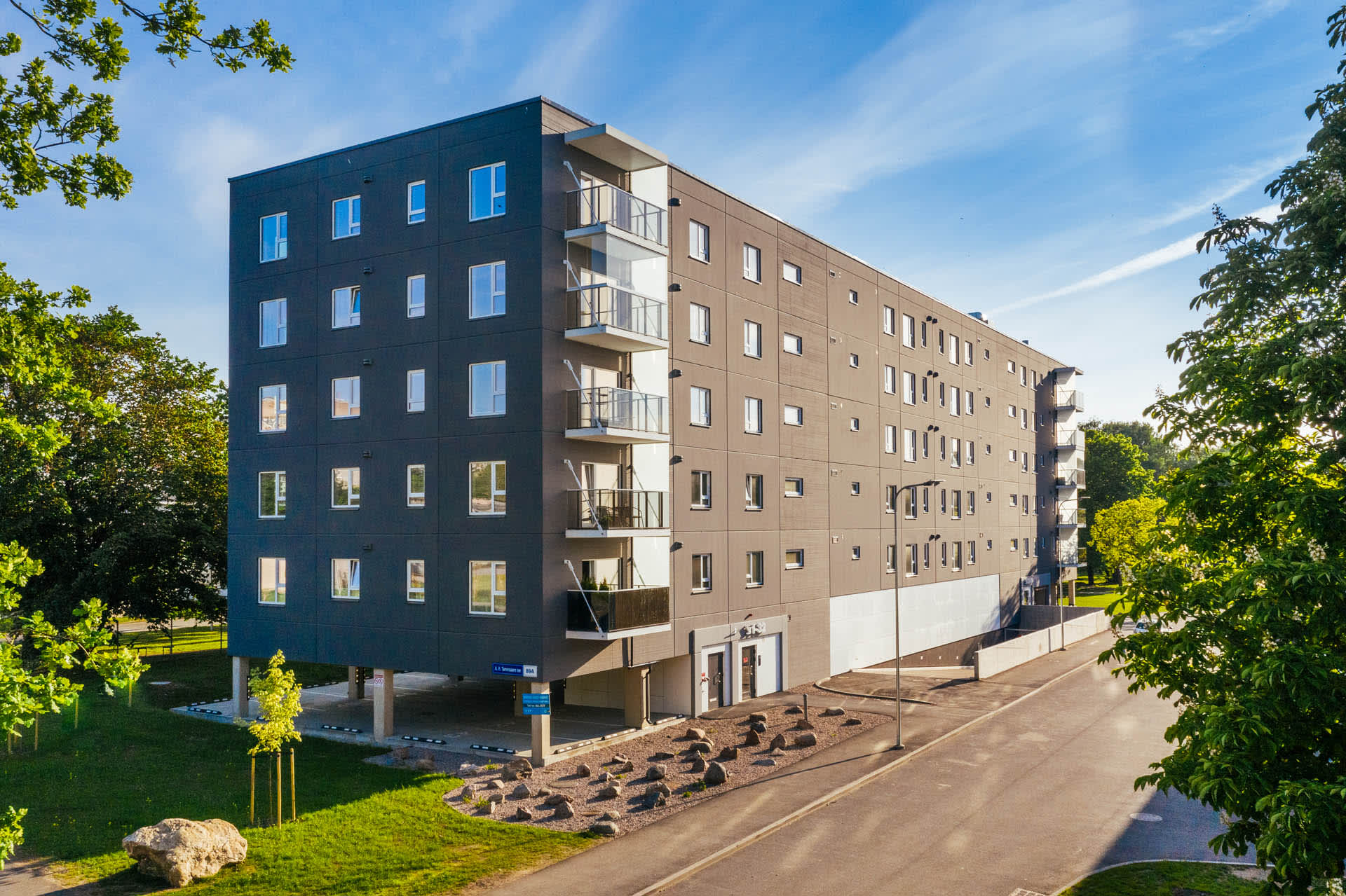 Apartment building at A.H. Tammsaare tee 89a