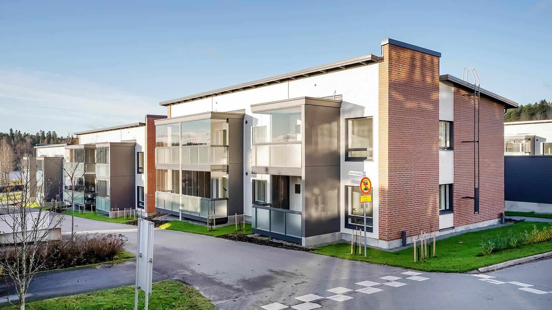 Asunto Oy Hämeenlinnan Villa Marrone, Sairionranta