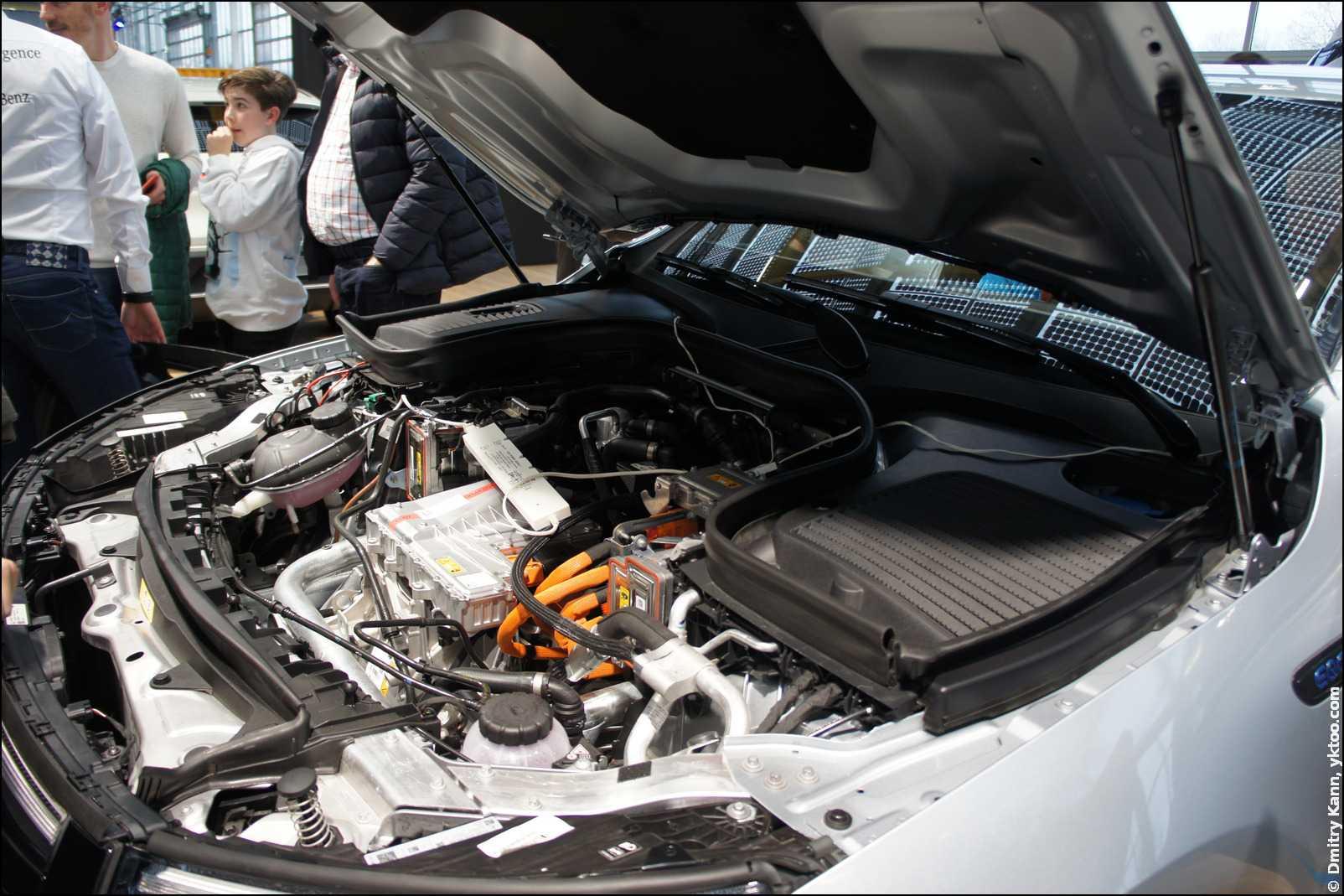 Mercedes EQC — что у нас под капотом?