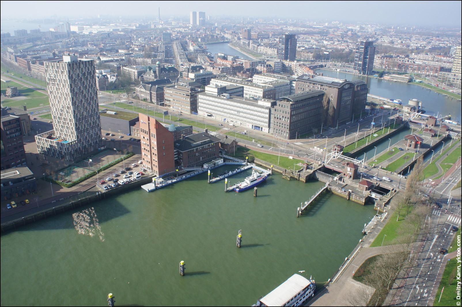 Роттердам, вид на Маас.
