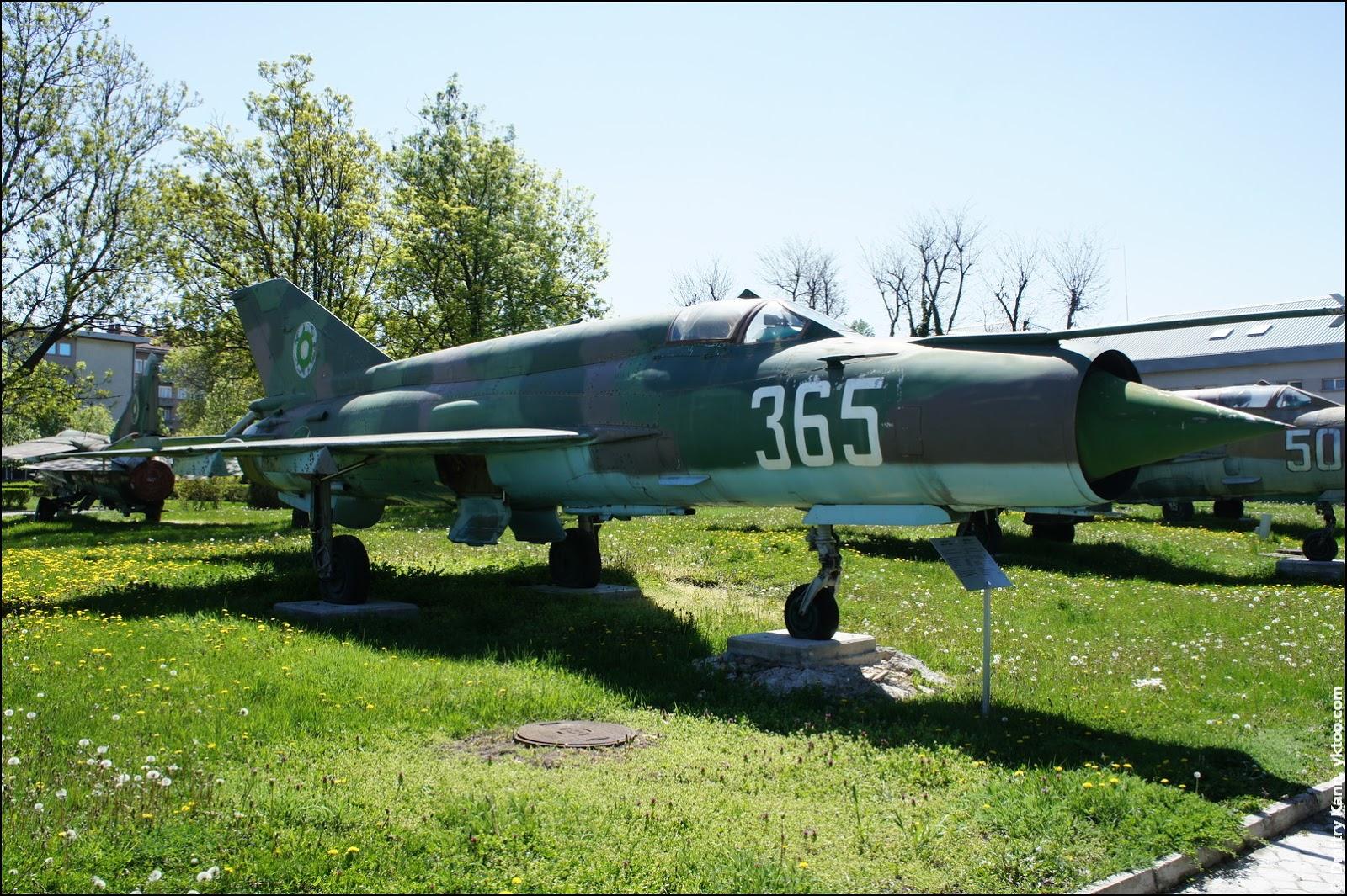 Fighter MiG-21 BIS.