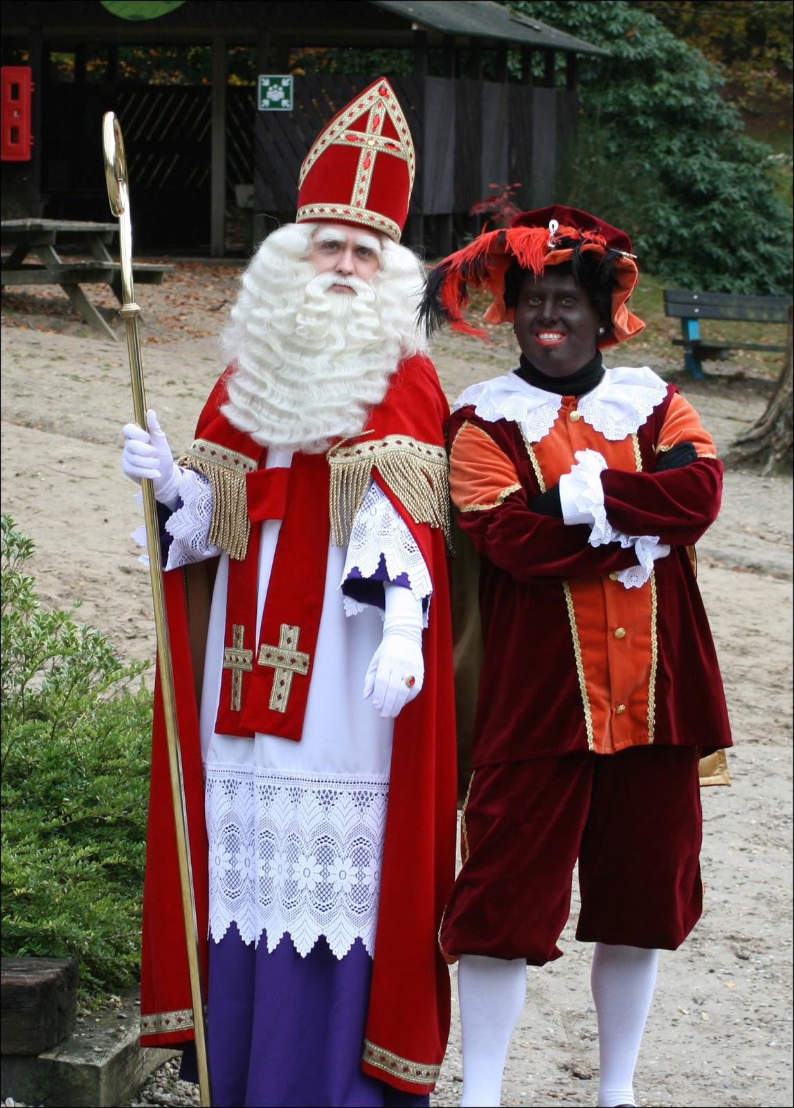 Синтерклаас и Чёрный Пит. Фото: Tenorio81/Wikimedia/CC-BY-3.0.