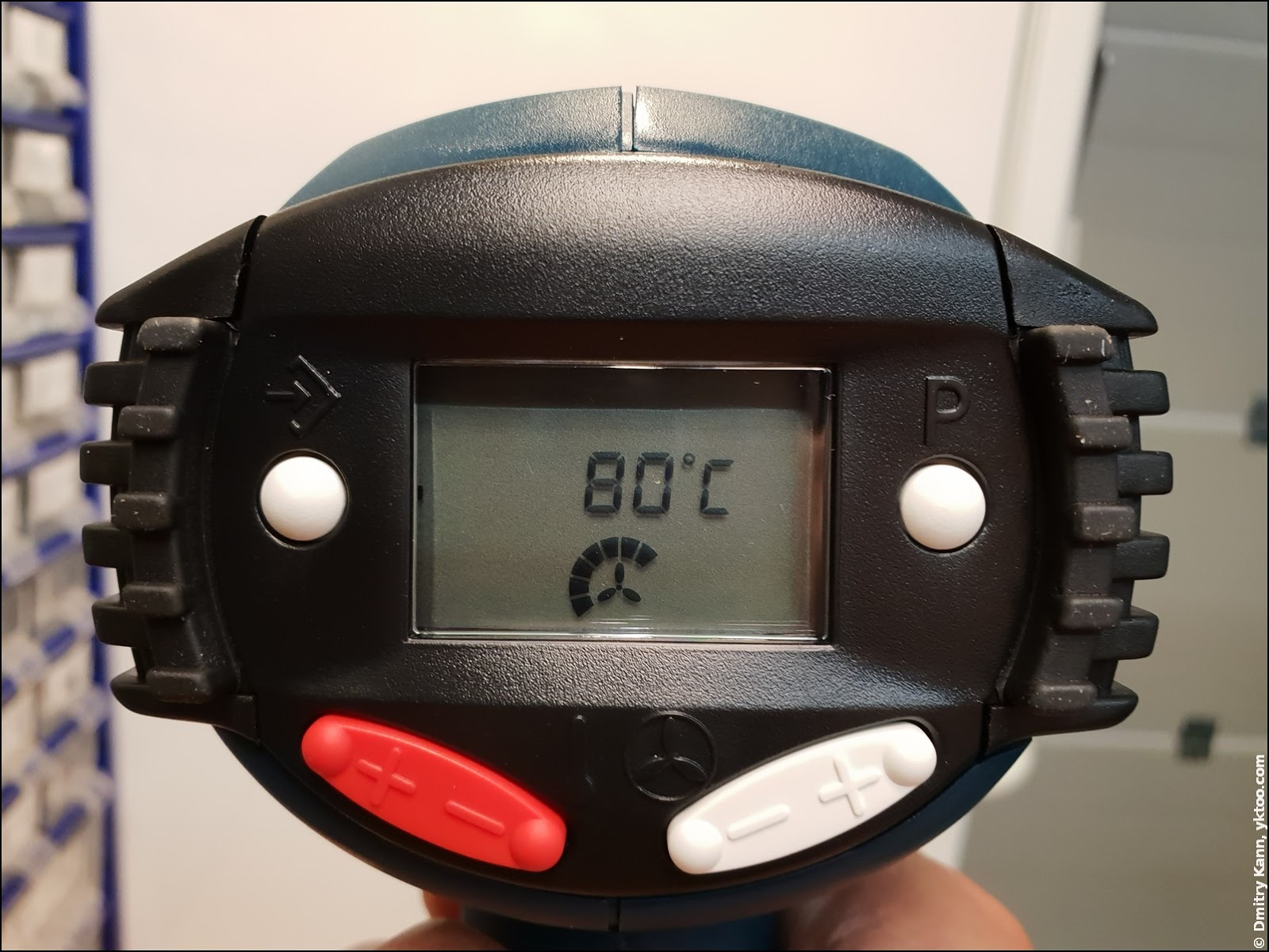 Установка температуры в Bosch GHG 660 LCD.