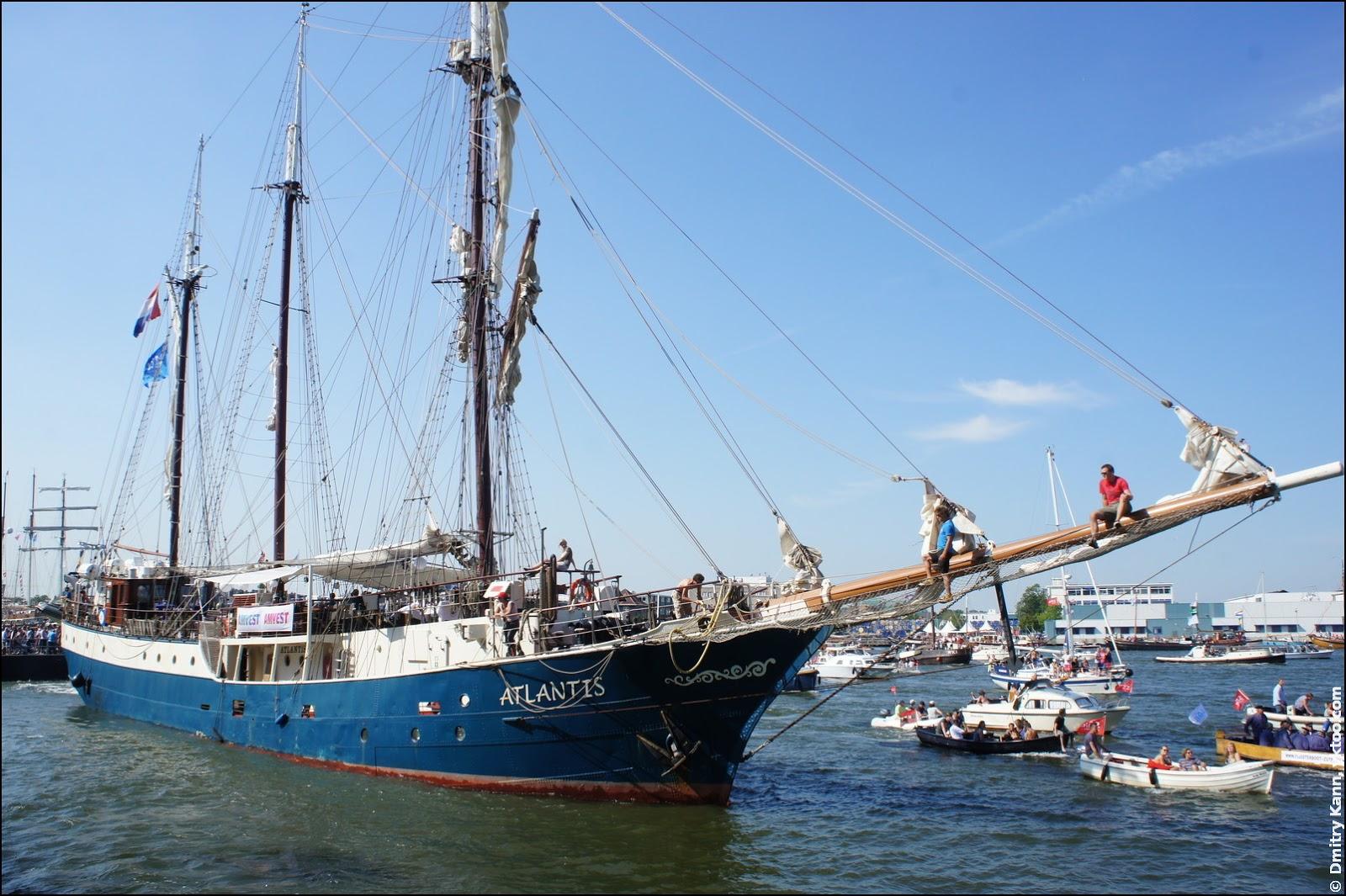 Корабль «Atlantis».