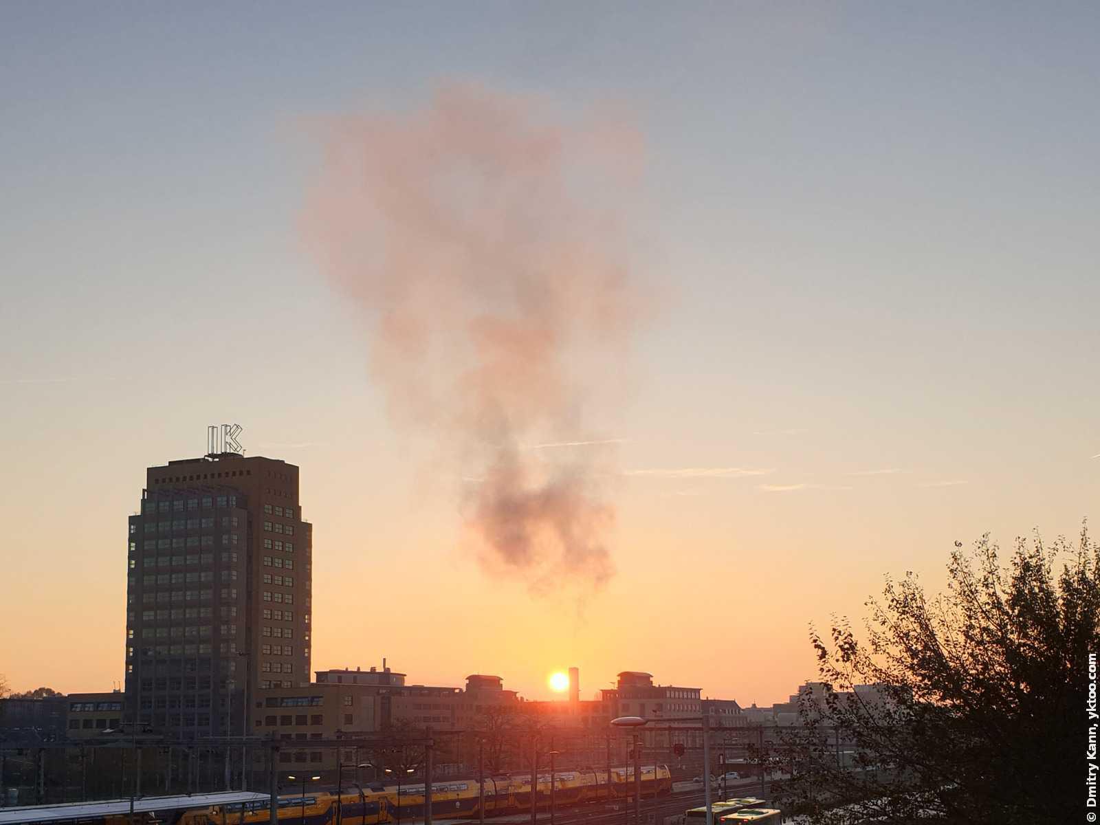 Восход солнца в Утрехте.