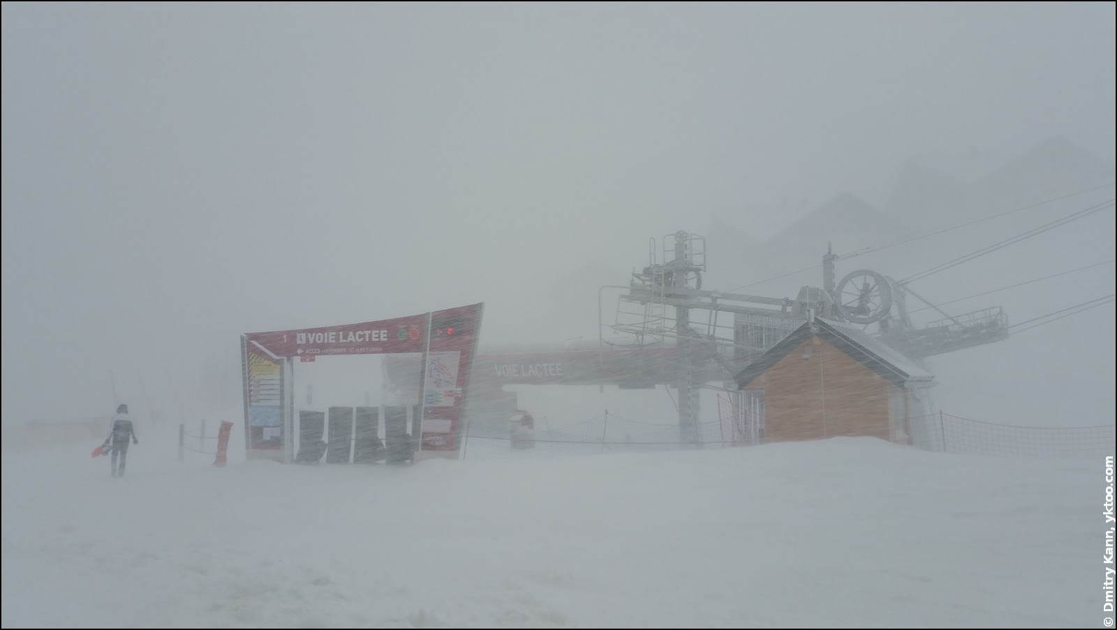 Snow storm in Le Corbier.