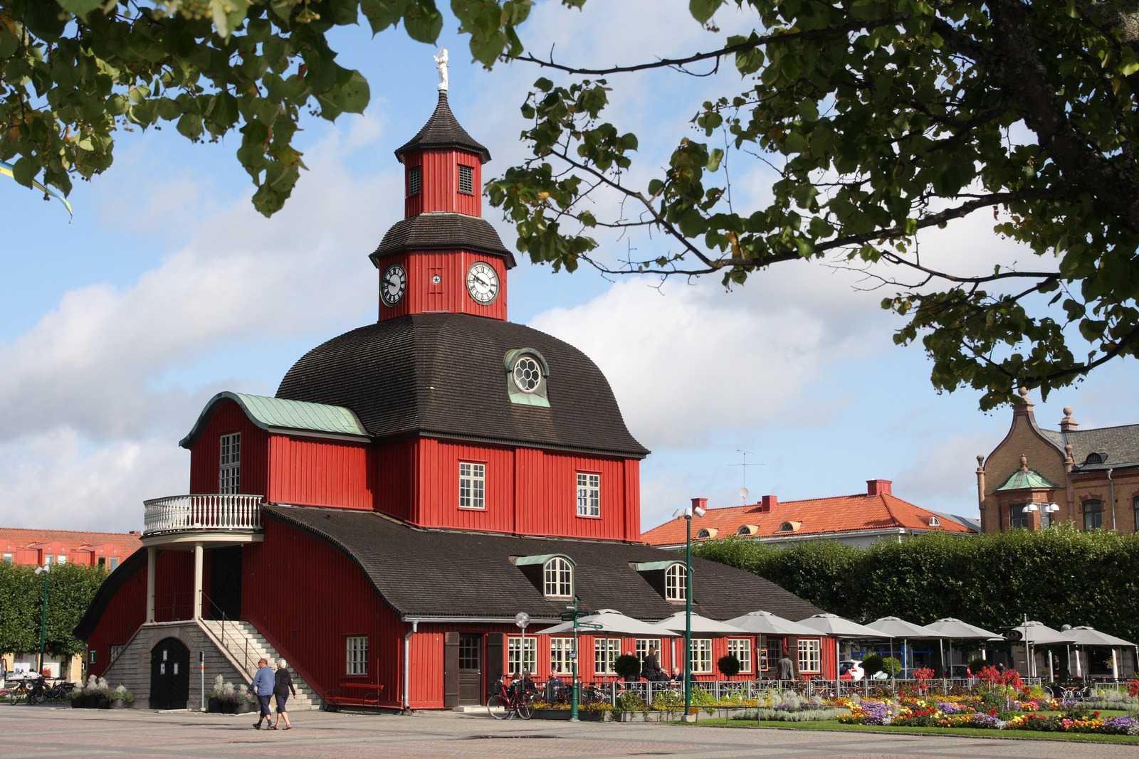 Lidköping, Sweden. Photo by hias_schell/Pixabay.