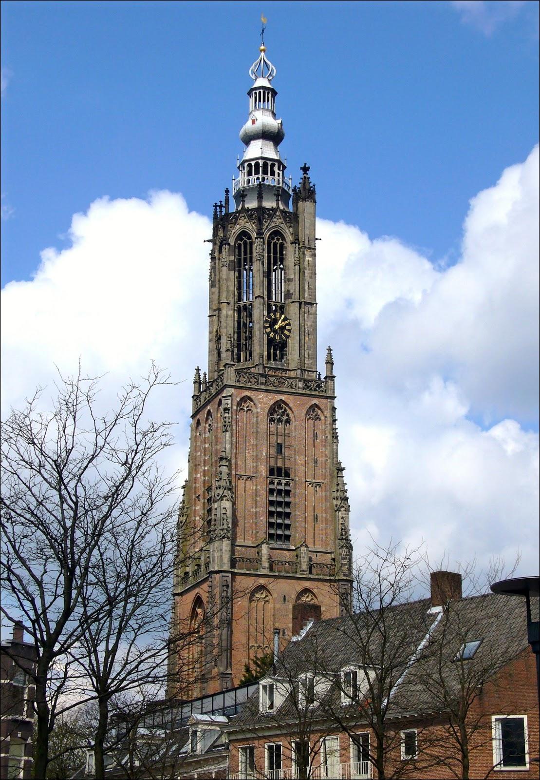 Photo by Pepijntje, via Wikimedia Commons.