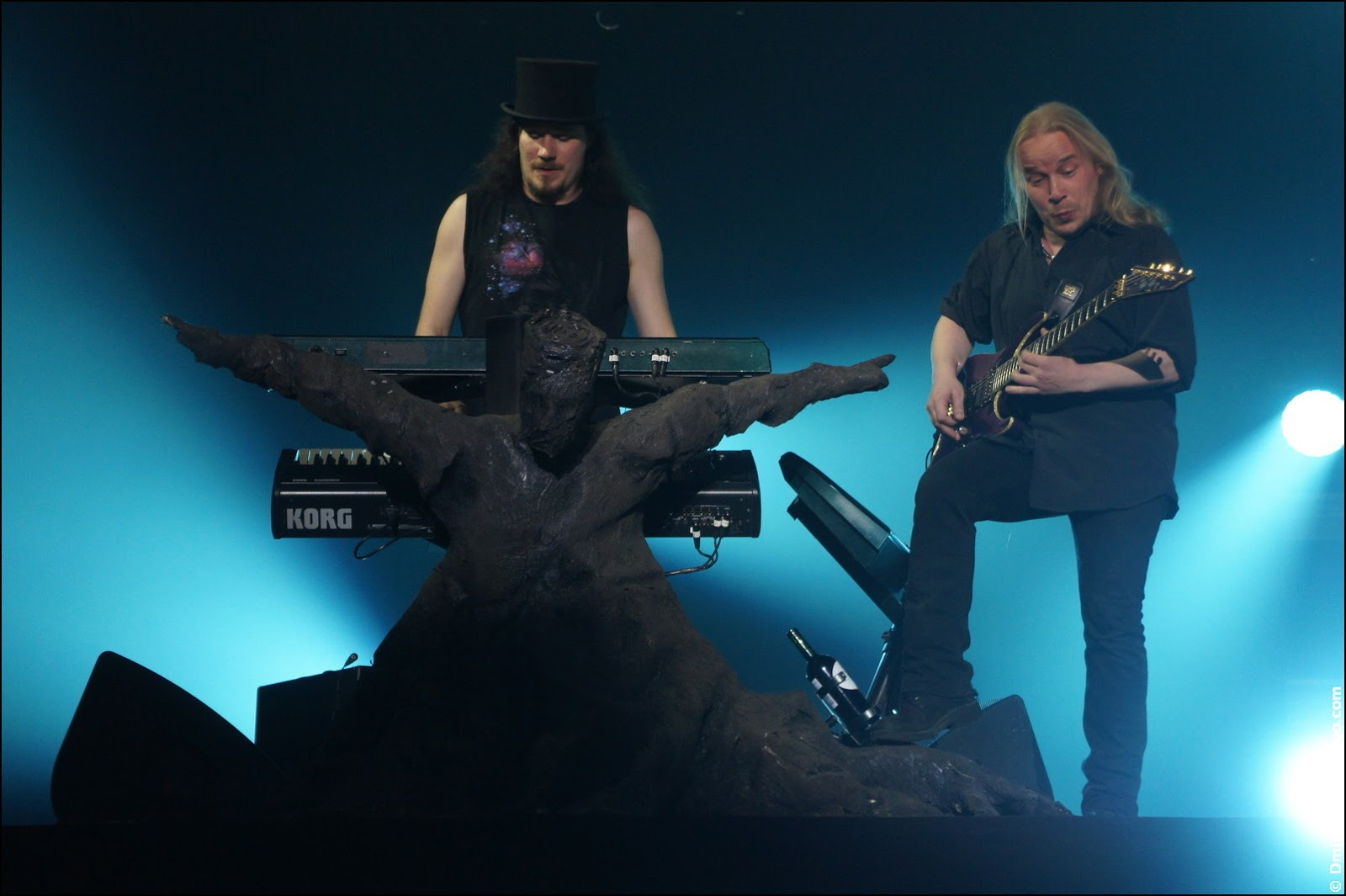 Nightwish: Tuomas Holopainen and Emppu Vuorinen.