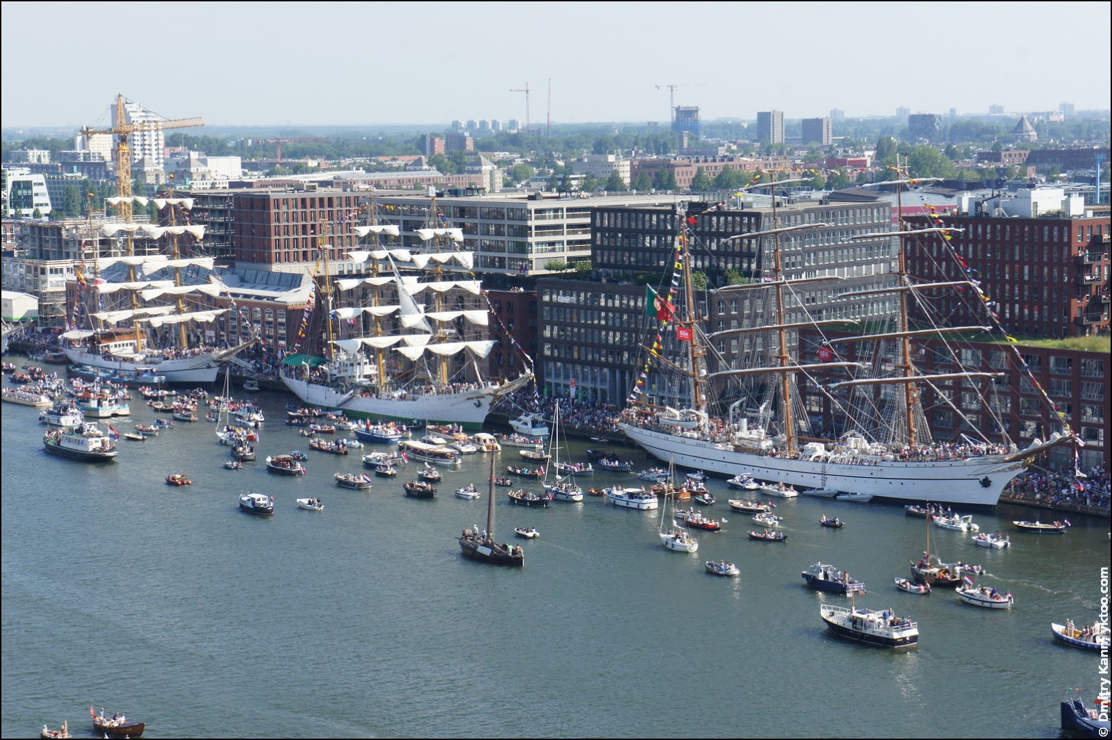 Tall ships at the Veemkade.