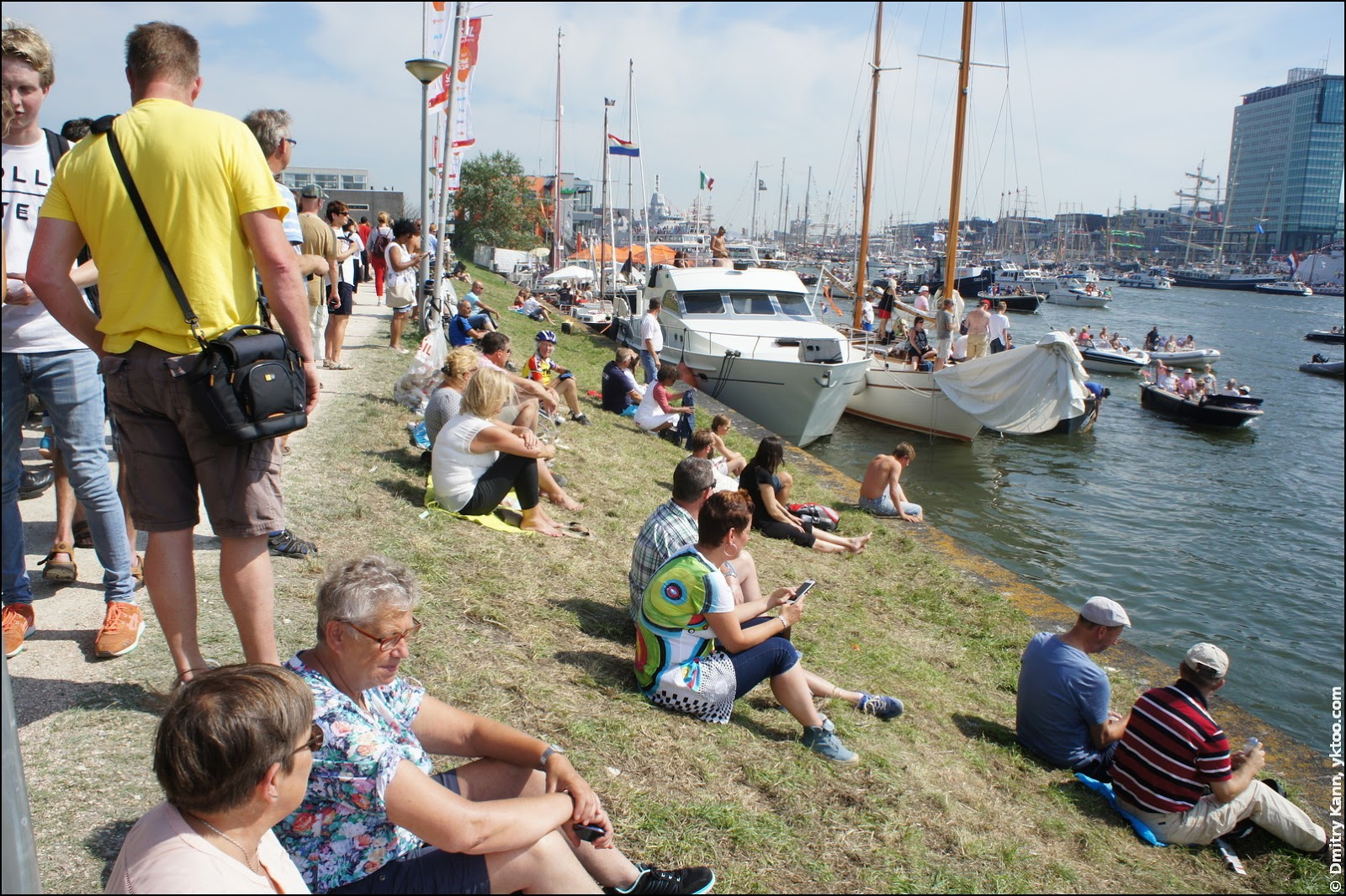 The audience of SAIL Amsterdam.