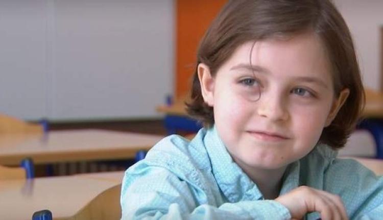 Лоран Симон в восьмилетнем возрасте.