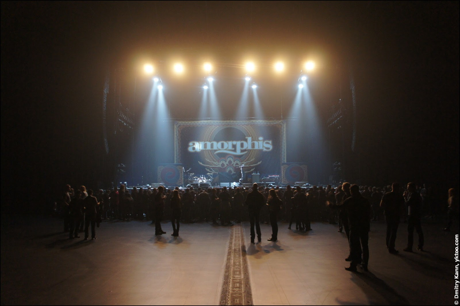 The stage before Amorphis.