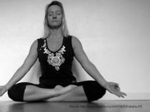 Feel Left Feet Numb in Siddhasana Position