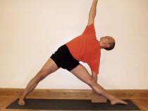 How to do Triangle (Trikonasana) Yoga Pose and Its Benefits