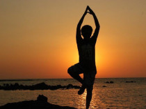 Do You Know the Benefits of Weekend Yoga? Learn These 7 Weekly Yoga Asanas for Physical & Mental Health