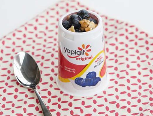Berry Maple Yogurt Cup