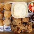 Scones & banana bread box (16 pcs)