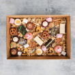 Sweet Grazing Box (22 pcs)