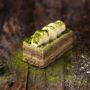 Mini Matcha green tea & roasted black sesame cake (12 pcs)
