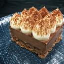 Mini Dark chocolate & hazelnut crunch mousse cake (15 pcs)
